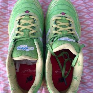 2015 run Disney new balance shoes